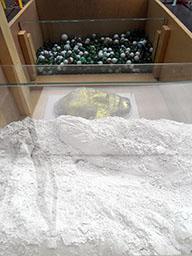 memoria 75 - Silica and glass balls